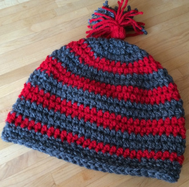 Mütze_rot-grau