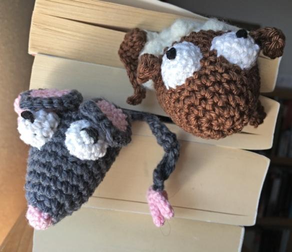 Amigurumi Crochet Fox Bookmark -